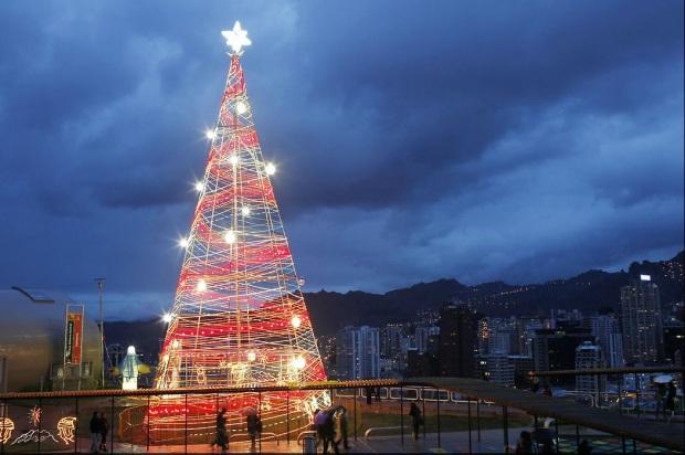 8.-árbol-de-Navidad-en-la-Paz-Bolivia.