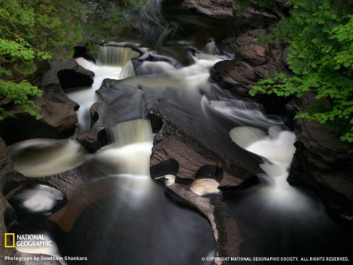 porcupine-mountains-waterfall