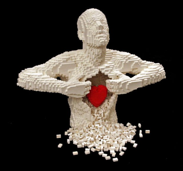 Incredible-LEGO-Art-by-Nathan-Sawaya-hypenotice-1