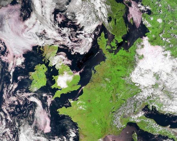 el-oeste-de-europa-desde-el-espacio-3958