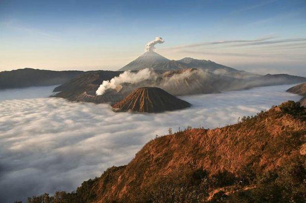 Volcano_19