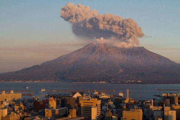 Volcano_27