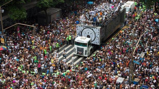 BRAZIL-CARNIVAL-STREET
