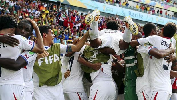 brazil_soccer_wcup_it_admi_9