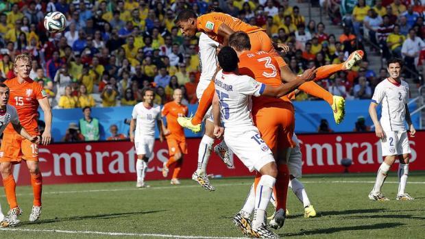 brazil_soccer_wcup_ne_admi_3